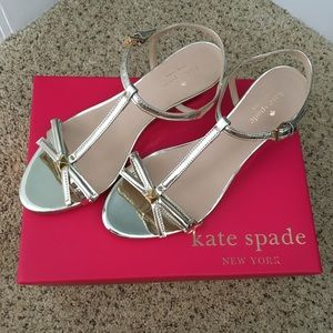 Barely touched Kate spade gold wedges